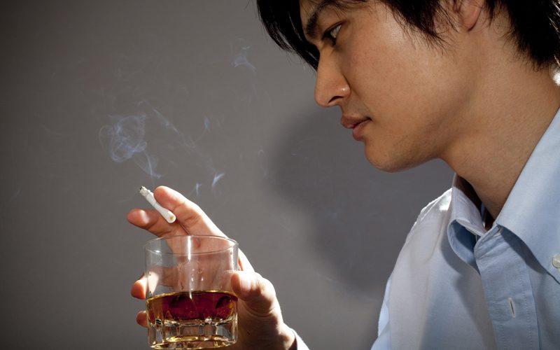 タバコを吸うとどういう病気になるのか